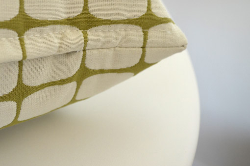 pillows with concealed zippers